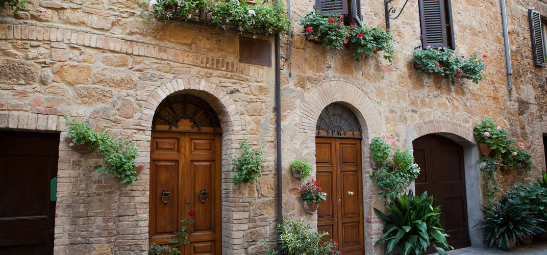 Typical street scene in Cortona