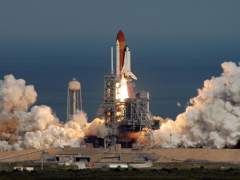 STS-122 launch.jpg