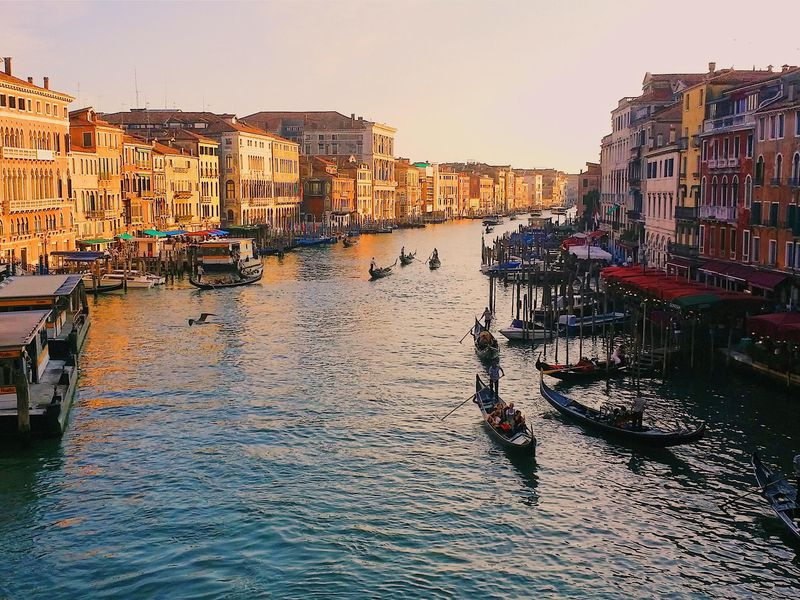looking-at-the-grand-canal-of-venice-in-modern-times.jpg
