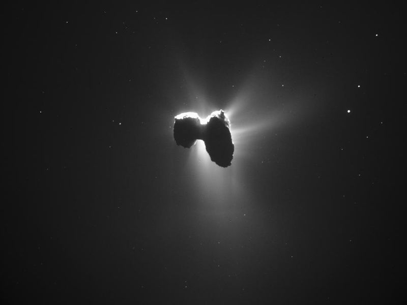 Rosetta_NavCam_comet_67P_20160327_enhanced.jpg