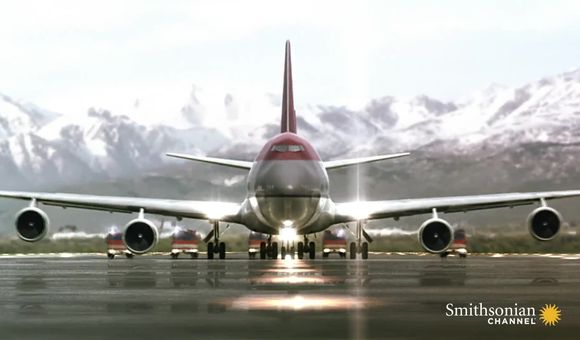 Preview thumbnail for video'An astonishing emergency landing
