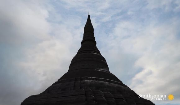 Preview thumbnail for video'How Buddha's Hair Inspired Burma's Most Sacred Site