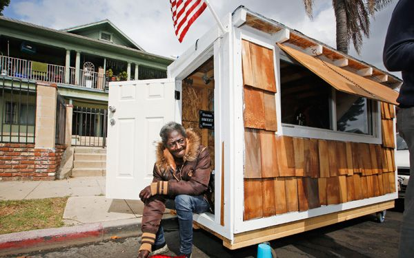 Man provides tiny houses to homeless