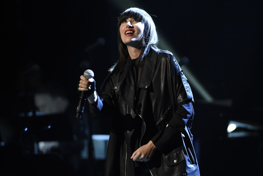 "Karen O crafts theme song for ""Tomb Raider"" game"
