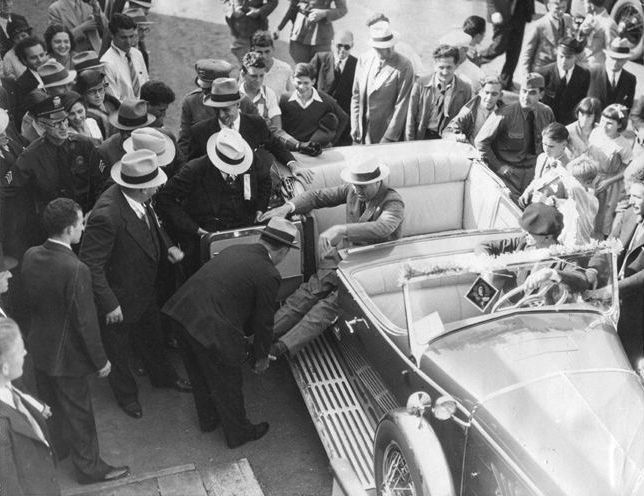 FDR-Exiting-Car-1932.jpg