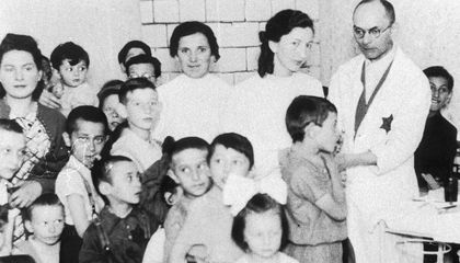 How a Public Health Campaign in the Warsaw Ghetto Stemmed the Spread of Typhus