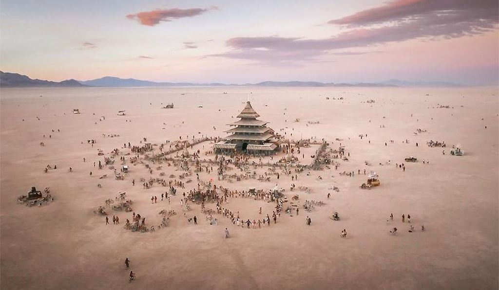 <em>The Temple at Burning Man</em> by David Best and the Temple Crew, 2016