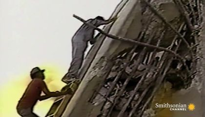 Chilling Footage of the 1989 Cypress Freeway Collapse