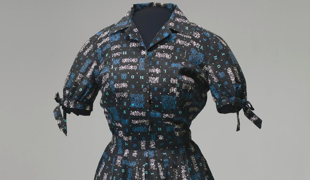Carlotta Walls LaNier was the youngest of the nine students to desegregate Little Rock Central High School in September, 1957. She wore this matching skirt and blouse on her first day of school, which marked the beginning of a tense standoff between the federal and Arkansas state governments.