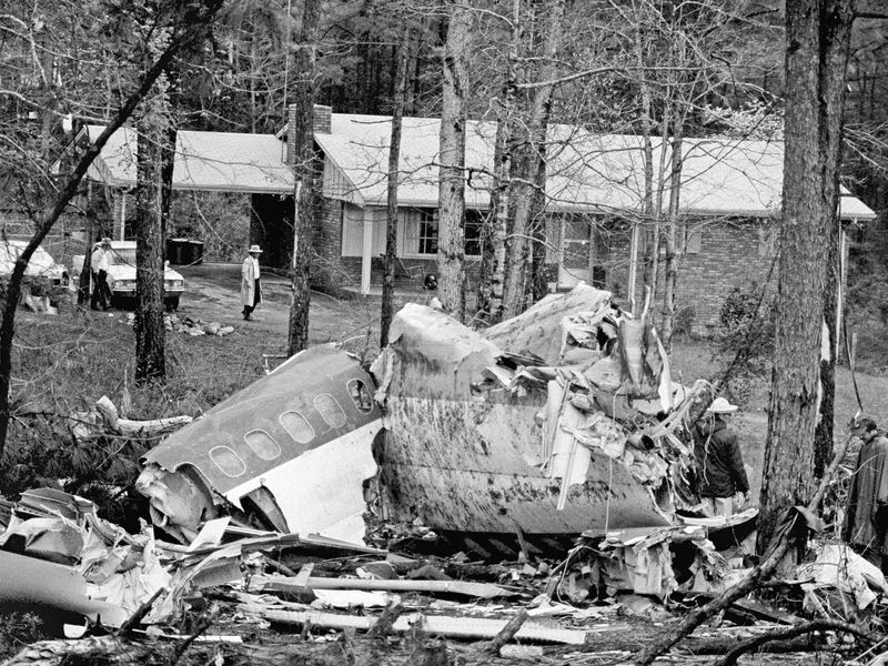 The wreckage of a Southern Airways DC-9