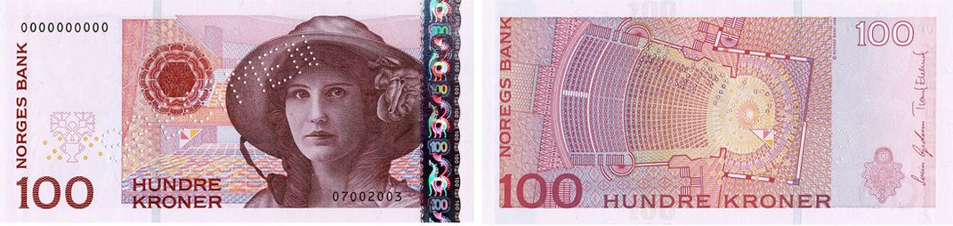 The previous Series VII 100 Krone note featured a portrait of opera singer Kirsten Flagstad on the obverse face while the reverse face depicts a ground plan of the Norwegian Opera's main auditorium.