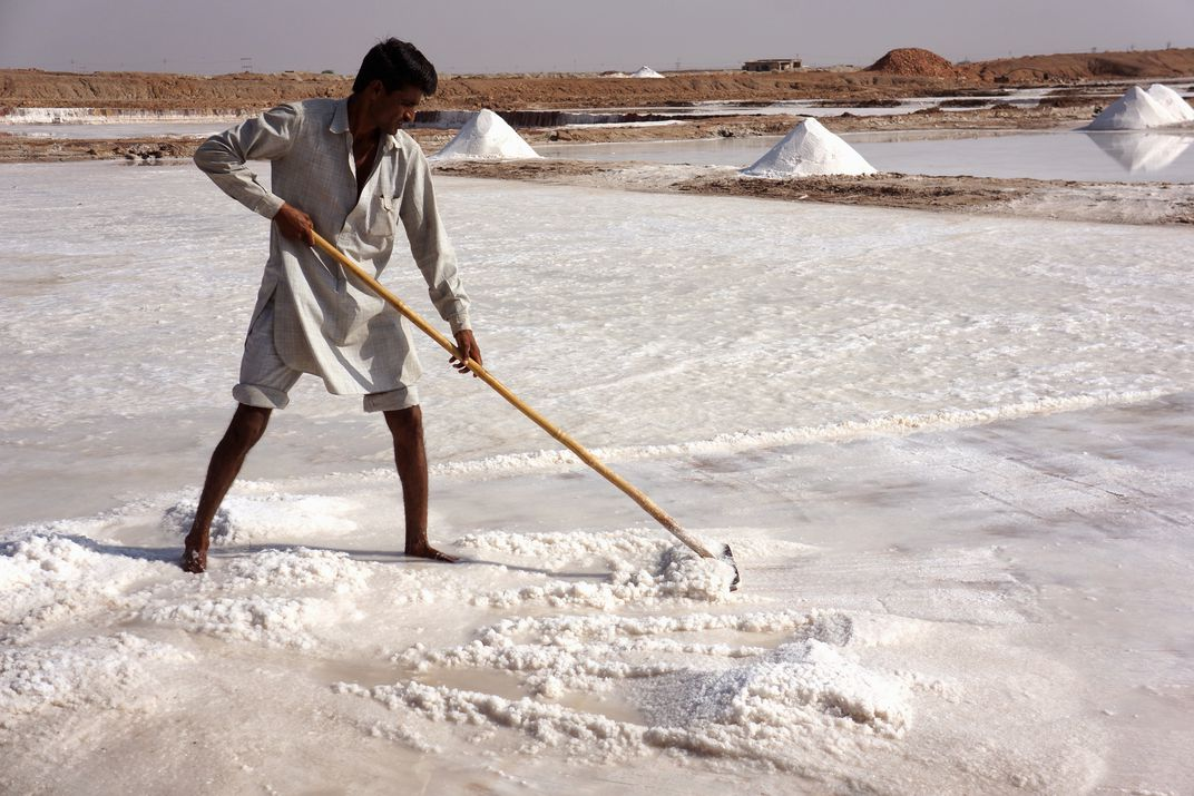 Raking up salt in the salt flats (Doranne Jacobson)