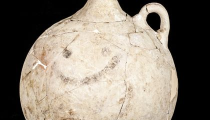 World's Oldest Smiley Face May Decorate a Hittite Jug