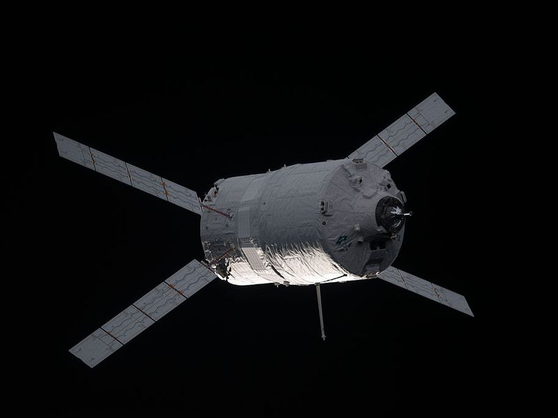 ATV-3_approaches_the_ISS.jpg