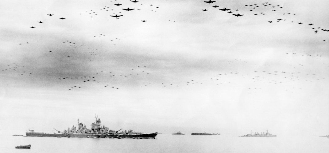 USS <i>Missouri</i> and American fighters, Tokyo Bay, Japanese surrender of World War II
