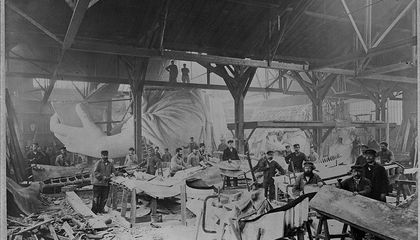 The Statue of Liberty Arrived in New York in 350 Pieces