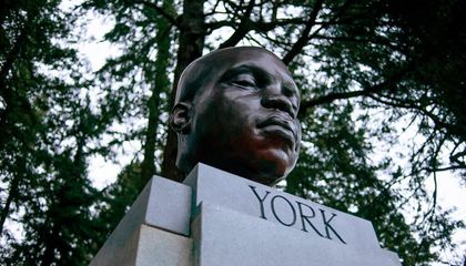 Anonymous Artist Installs Bust of York, Enslaved Explorer Who Accompanied Lewis and Clark, in Portland Park