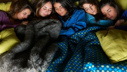 Live Happier (And More Energy Efficiently) by Sleeping More And Inviting Your Friends Over