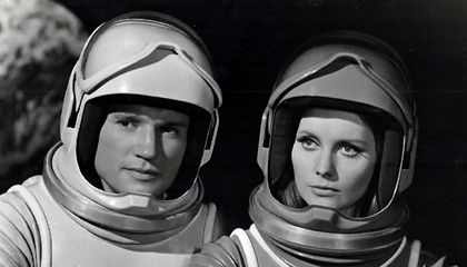 Hollywood's Spacesuits