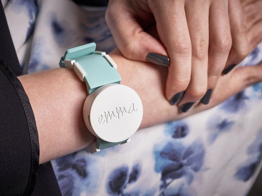 watch with vibrations to allow people to regain use of their hands