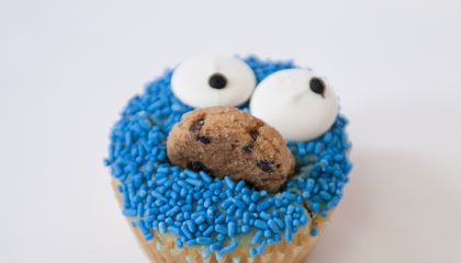"""Cookie Monster's First Name Is Sid, And Other Icon's """"Real"""" Names"""