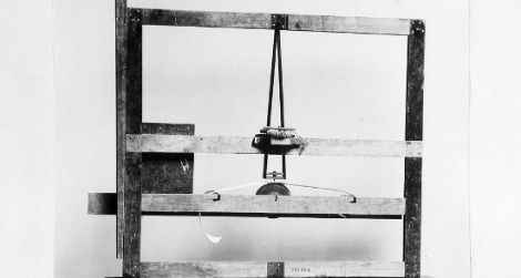 Morse's 1837 telegraph receiver prototype, built with a canvas-stretcher
