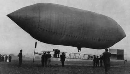 Don't Let Your Money Fly Away: A 1909 Warning to Airship Investors