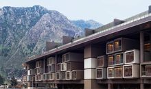 New Hotel in Turkey 'Floats' Above Ancient Ruins