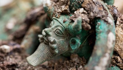 Researchers Analyze Burial of Ancient Celtic Prince
