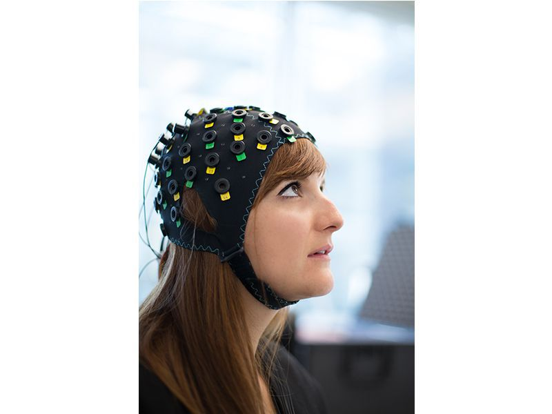 Brain-computer-interface-for-locked-in.jpg