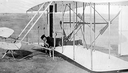 The 1903 Wright Flyer | How Things Work | Air & Space Magazine