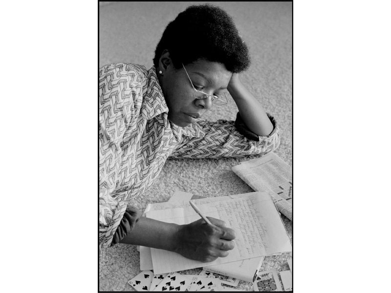 Angelou in hotel