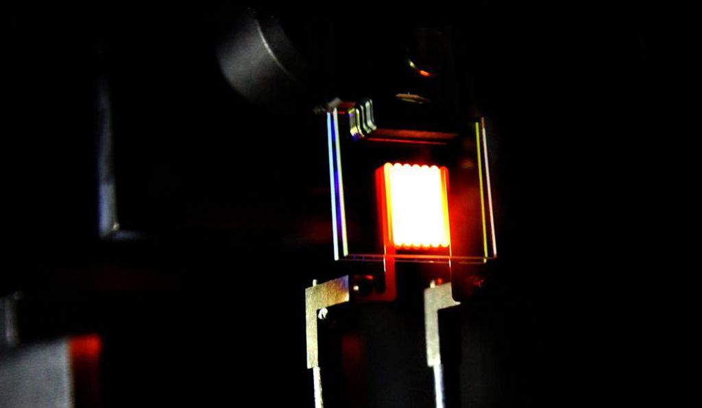 A proof-of-concept device built by MIT researchers demonstrates a way to make incandescent bulbs more efficient.