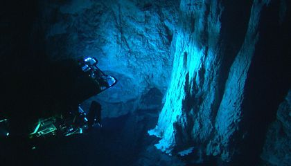 Diving Deep to Reveal the Microbial Mysteries of Lost City