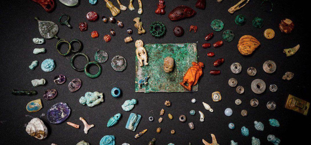 Caption: A Sorceress's Kit Was Discovered in Pompeii