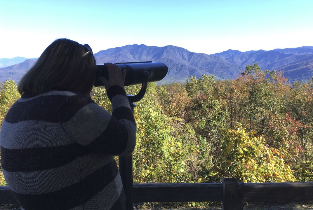 Viewfinders unveil fall colors for the colorblind