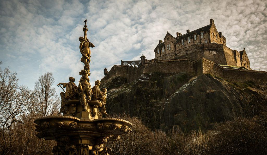 Portal AR allows users to roam the halls of Edinburgh Castle, former home of Mary, Queen of Scots