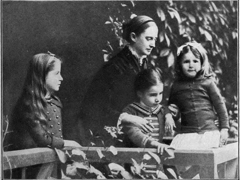 The wife and daughters of Mark Twain
