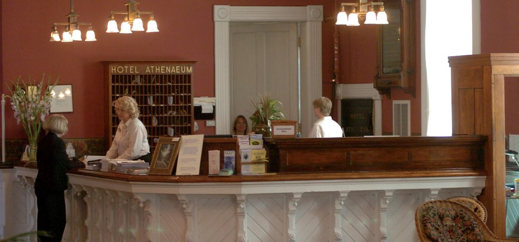 The front desk at the Chautauqua Athenaeum