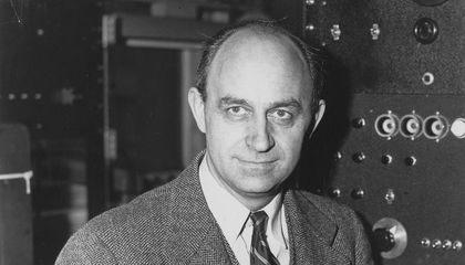 """Was Enrico Fermi Really the """"Father of the Nuclear Age""""?"""