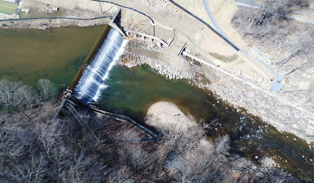 The Bloede Dam in March. The obsolete fish ladder is in the foreground.