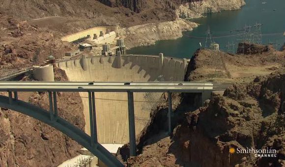 Preview thumbnail for video'How the 726-Foot-Tall Hoover Dam Was Built Ahead of Schedule