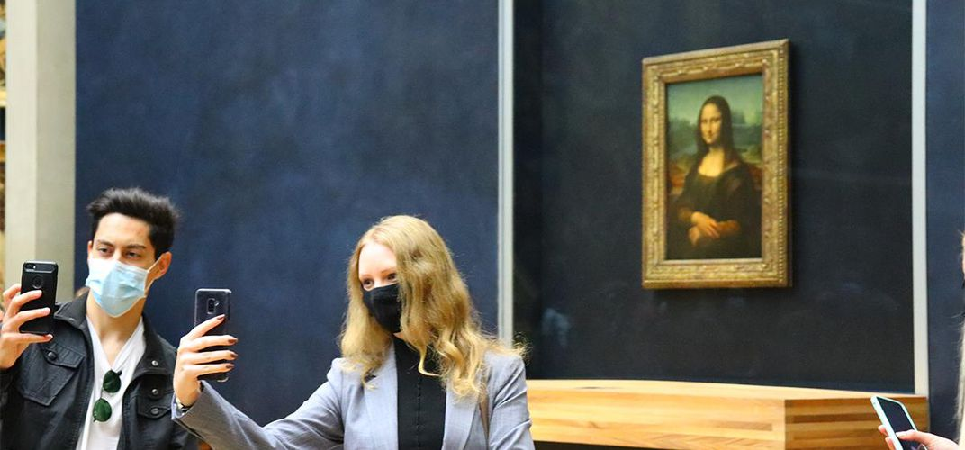Caption: The Pandemic Gives the Louvre Back to Parisians