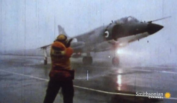 Preview thumbnail for video'Footage of a tense aerial battle during the Falklands War