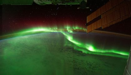 Astronaut Captures 'Awesome Sauce' of Aurora From Space