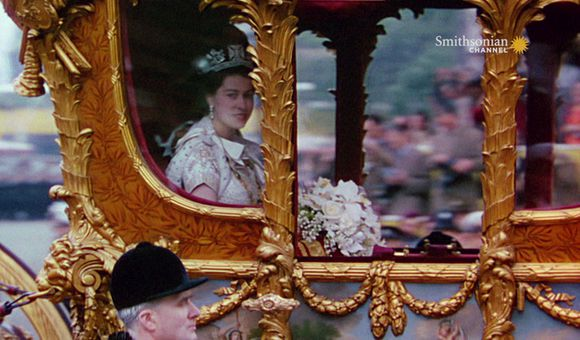 Preview thumbnail for video'Queen Elizabeth II Reunited With the Crown