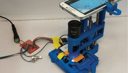 With This Smartphone Microscope, You Can Play Soccer and Pac-Man With Microbes