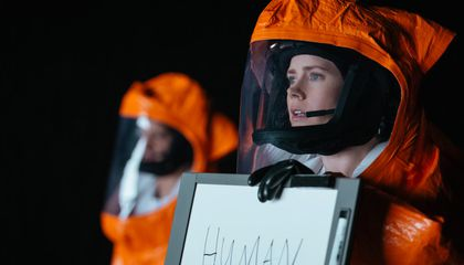 Does the Linguistic Theory at the Center of the Film 'Arrival' Have Any Merit?