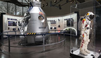 "Felix Baumgartner's ""Edge of Space"" Capsule Goes on Display"