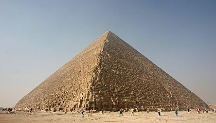 Is the Fall Equinox the Secret to the Pyramids' Near-Perfect Alignment?